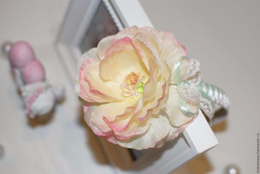 Диадемы, обручи ручной работы. Ярмарка Мастеров - ручная работа. Купить Дивный цветок. Handmade. Ободок с цветком, кружевной бантик