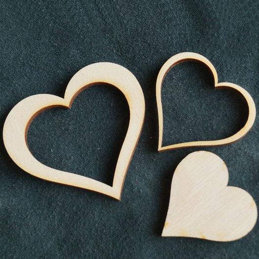 Сердечко трехконтурное. №9 Размер 6х5,5 см. - 60 руб. Есть сердечко соответствующего размера - как основа - 40 руб. Можно сделать фоторамку, а внутренними элементами ее украсить.