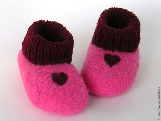 Детская обувь ручной работы. Ярмарка Мастеров - ручная работа. Купить Пинетки валяные Два сердца (розовое). Handmade. Рисунок