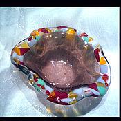 Посуда ручной работы. Ярмарка Мастеров - ручная работа Конфетница малая из цветного стекла.. Handmade.
