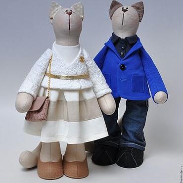Пара портретных котиков.