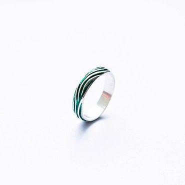 Украшения ручной работы. Ярмарка Мастеров - ручная работа Серебряное кольцо с зеленой эмалью. Handmade.