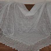 Аксессуары ручной работы. Ярмарка Мастеров - ручная работа Потрясающая, невесомая и невероятно легкая шаль- паутинка. Handmade.