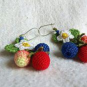 Украшения ручной работы. Ярмарка Мастеров - ручная работа Вязаные ягодные серьги. Handmade.