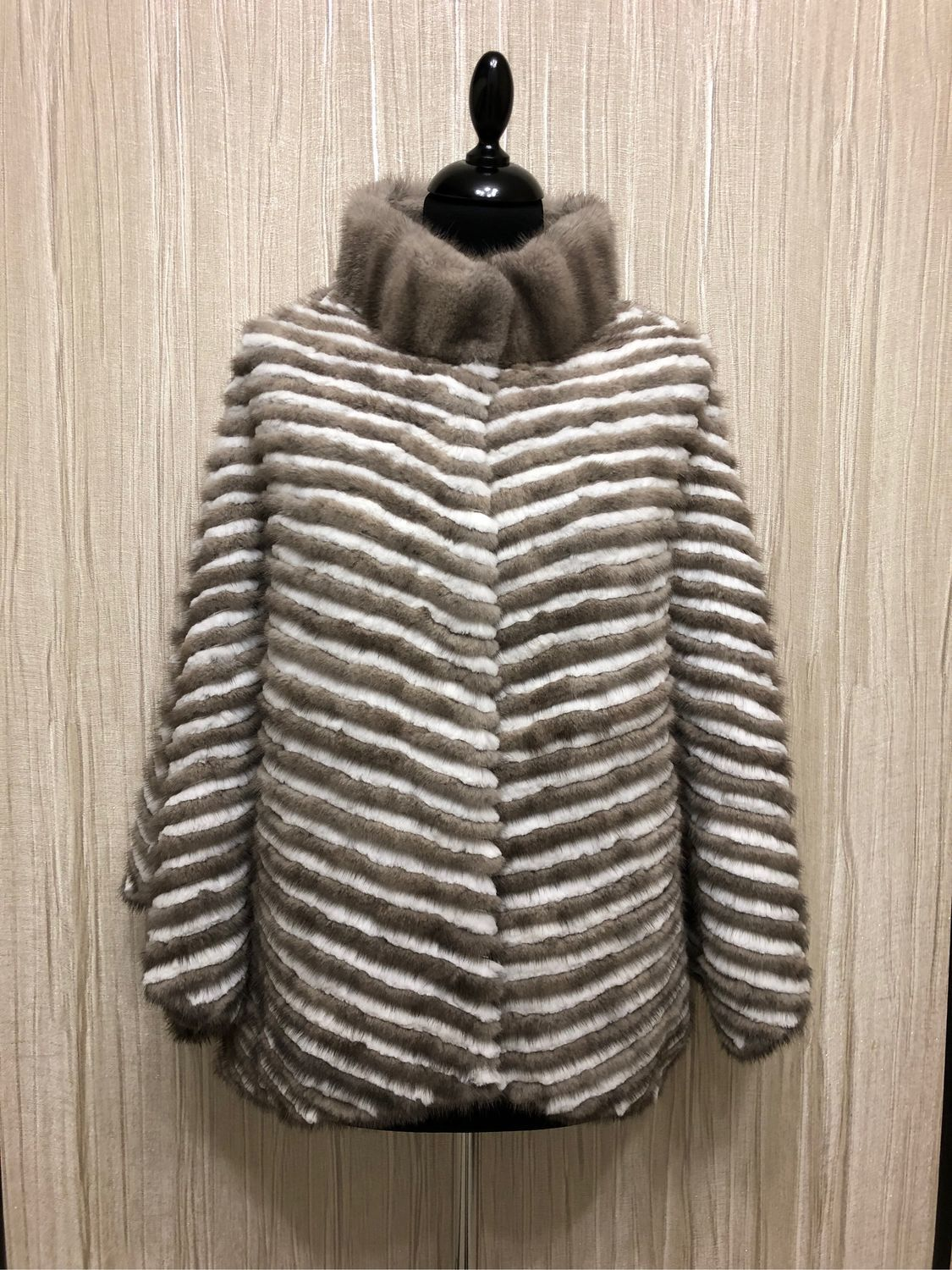 Fur jacket ' LIGHT GRAY', Outerwear Jackets, Moscow,  Фото №1