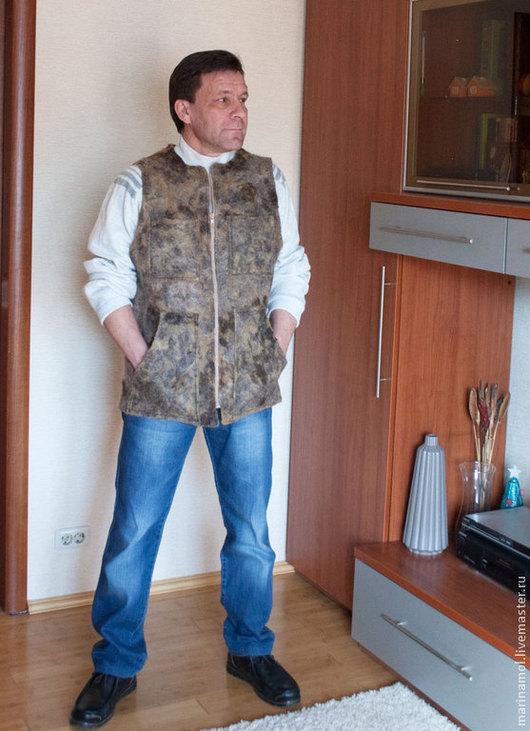 """Для мужчин, ручной работы. Ярмарка Мастеров - ручная работа. Купить Мужской валяный жилет """"Рабочая лошадка"""". Handmade. Абстрактный"""