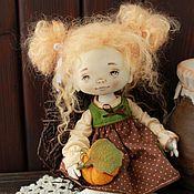 Куклы и игрушки ручной работы. Ярмарка Мастеров - ручная работа Девочка с тыковкой. Handmade.