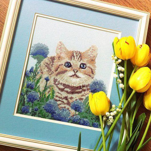 """Животные ручной работы. Ярмарка Мастеров - ручная работа. Купить Вышивка """"Голубоглазое чудо"""". Handmade. Голубой, котенок, вышивка крестиком"""