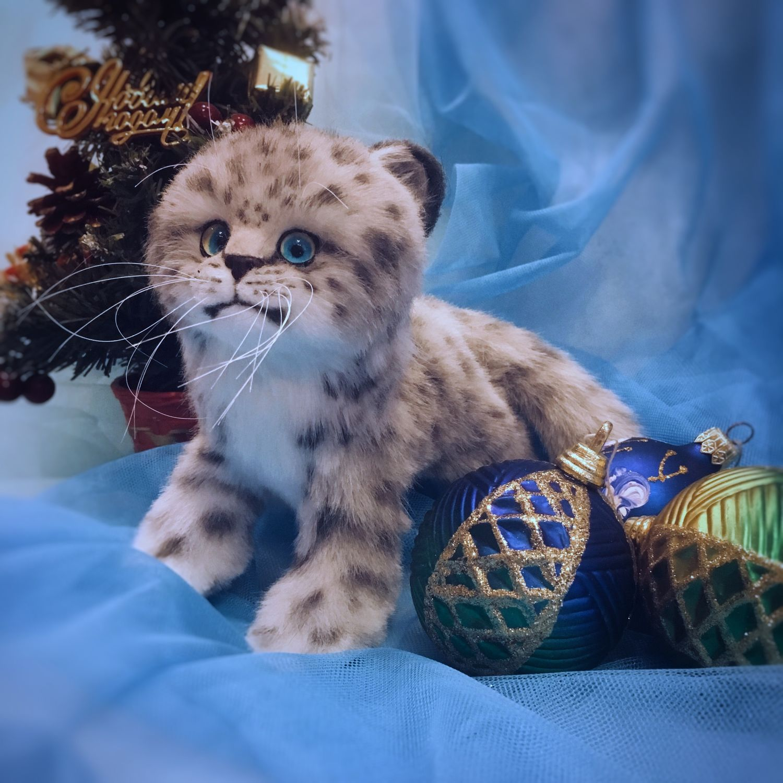 Реалистичная игрушка из меха снежный барс, Мягкие игрушки, Ижевск,  Фото №1