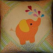 """Для дома и интерьера ручной работы. Ярмарка Мастеров - ручная работа """"Слоник"""" наволочка на подушку. Handmade."""