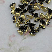 Кристаллы ручной работы. Ярмарка Мастеров - ручная работа 5х6мм Винтажные мини-кристаллы стразы в оправе цвет черный. Handmade.