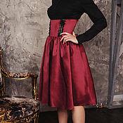 Одежда ручной работы. Ярмарка Мастеров - ручная работа Юбка бордовая миди, высокий пояс-корсет (винный цвет). Handmade.