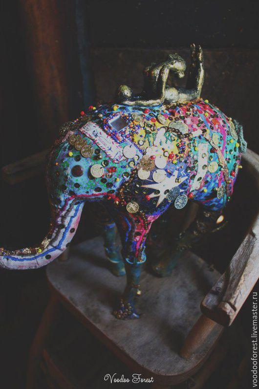 """Коллекционные куклы ручной работы. Ярмарка Мастеров - ручная работа. Купить Кукла-оберег """"Слон"""". Handmade. Золотой, полимерная глина"""