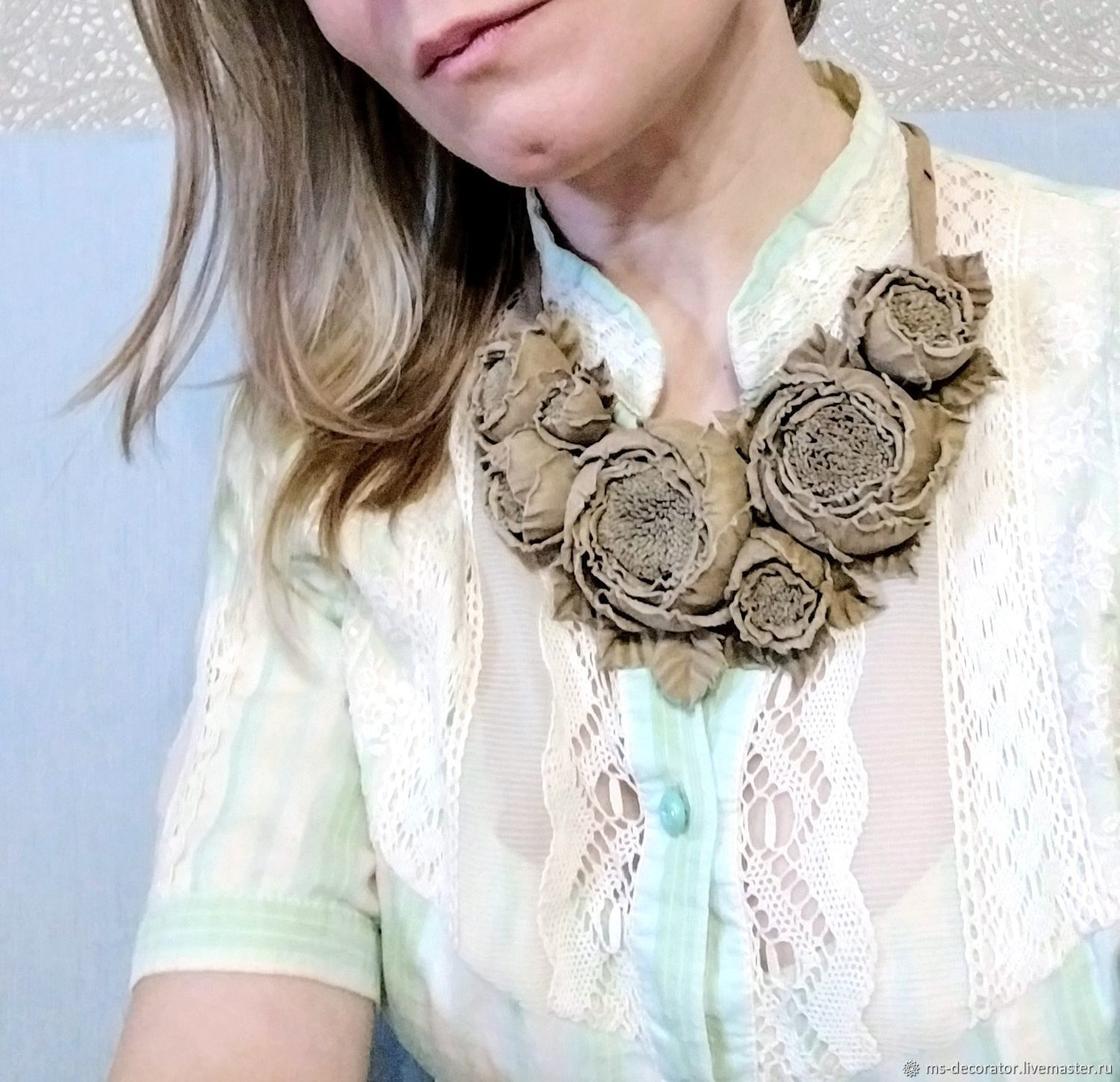 Choker with handmade flowers made of genuine leather Dance Rose Beige, Necklace, St. Petersburg,  Фото №1