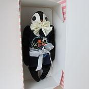 Куклы и игрушки ручной работы. Ярмарка Мастеров - ручная работа Мягкая игрушка птичка №16 с вышивкой-корзинкой. Handmade.