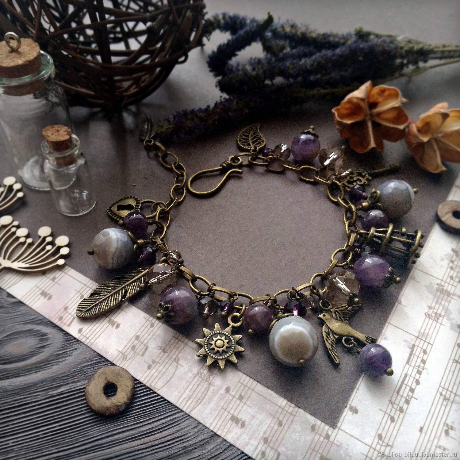 Bracelet with natural stones (agate and amethyst) and Swallow pendants, Bead bracelet, Tyumen,  Фото №1