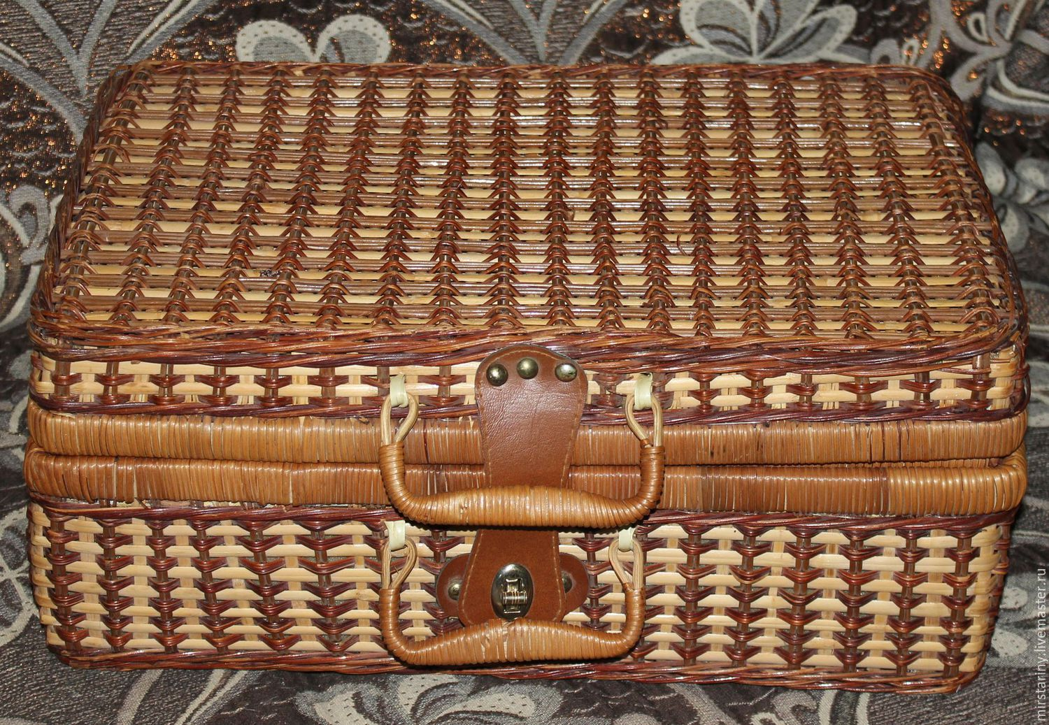 Buy Vintage wicker suitcase picnic(stable), Germany on Livemaster ...