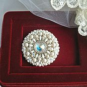 Украшения handmade. Livemaster - original item Elizabeth Pin Brooch. Braided brooch with Swarovski crystals.. Handmade.