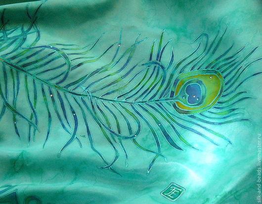 Шали, палантины ручной работы. Ярмарка Мастеров - ручная работа. Купить изумрудный шелковый палантин Перо ручная роспись. Handmade.