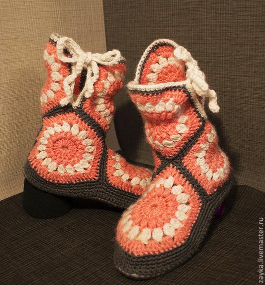 Обувь ручной работы. Ярмарка Мастеров - ручная работа. Купить Вязаные домашние тапочки-сапожки. Handmade. Вязаные тапочки