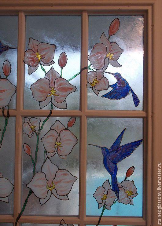 Роспись окна и двери в интерьере Орхидеи и синие птицы Эффект матового стекла