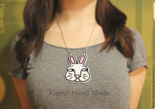 Кулоны, подвески ручной работы. Ярмарка Мастеров - ручная работа. Купить Кулон Белый Кролик (Алиса в стране чудес). Handmade.