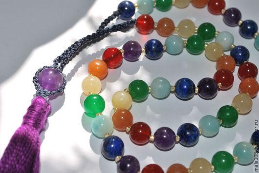 Заказать чётки `Радуга` фото для примера на фото чётки в 54 бусины шнур удлиннён плетением для возможности носить на шее, а также под заданный размер запястья