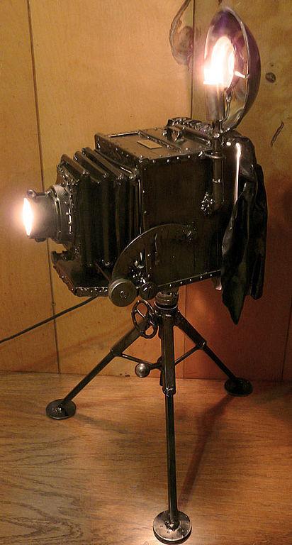 тебе, светильник в форме объектива фотоаппарата тюрьме