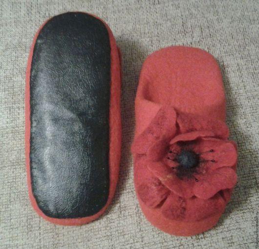 Обувь ручной работы. Ярмарка Мастеров - ручная работа. Купить Маки. Handmade. Домашние тапочки, маки, Тапочки ручной работы