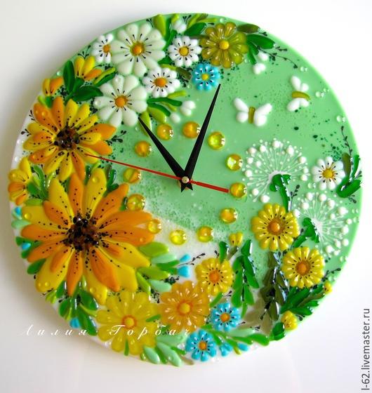 Часы для дома ручной работы. Ярмарка Мастеров - ручная работа. Купить часы из стекла, фьюзинг  Лето - это маленькая жизнь. Handmade.