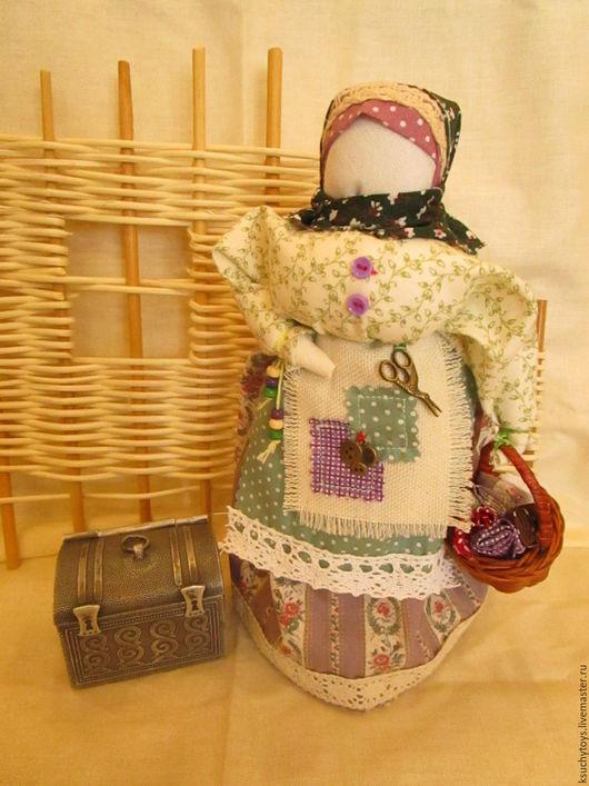 Народные куклы ручной работы. Ярмарка Мастеров - ручная работа. Купить Кукла Берегиня - Хозяйка Рукодельница.... Handmade. Подарок девушке