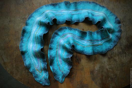 """Шарфы и шарфики ручной работы. Ярмарка Мастеров - ручная работа. Купить Нежнейший войлочный шарф """"Морская синева"""". Handmade."""