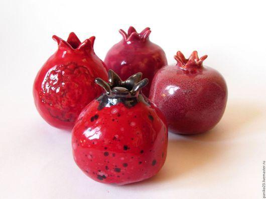 """Вазы ручной работы. Ярмарка Мастеров - ручная работа. Купить Мини ваза """"Гранат"""". Handmade. Ярко-красный, керамические украшения"""
