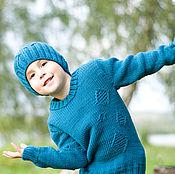 Свитеры ручной работы. Ярмарка Мастеров - ручная работа Свитеры: Свитер детский вязаный и шапочка/ из мериноса. Handmade.