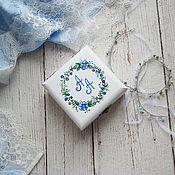 Свадебный салон ручной работы. Ярмарка Мастеров - ручная работа Blue-flowers Wed - свадебная шкатулка для обручальных колец. Handmade.