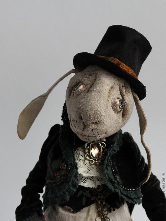 Коллекционные куклы ручной работы. Ярмарка Мастеров - ручная работа. Купить Кролик из Страны чудес текстильный каркасный. Handmade. Кролик