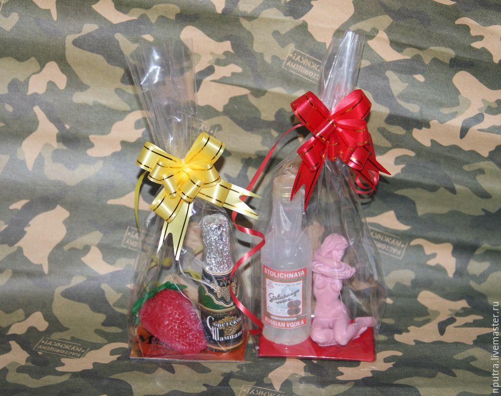 Подарок из бутылок водки 344