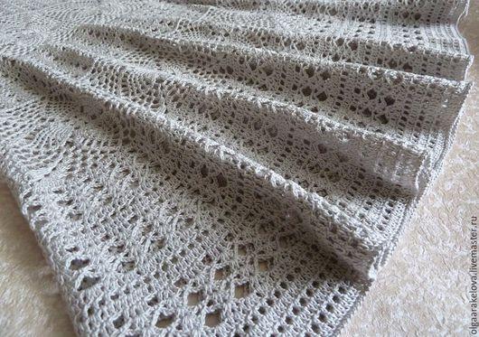 Летняя ажурная  длинная юбка крючком связана из 100 % хлопка светло-серого цвета.