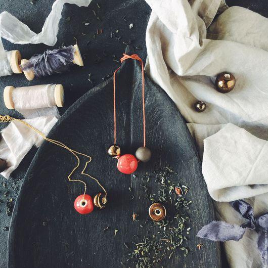 Колье, бусы ручной работы. Ярмарка Мастеров - ручная работа. Купить Керамические бусы ручной работы. Handmade. Керамика, бусы