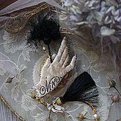 """Украшения ручной работы. Ярмарка Мастеров - ручная работа Вышитая брошь """" Velvet hands"""". Handmade."""