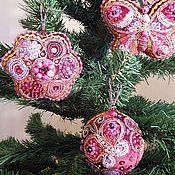 Подарки к праздникам ручной работы. Ярмарка Мастеров - ручная работа новогодние игрушки «бабочка в цветочном саду». Handmade.