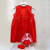 Работы для детей, ручной работы. Ярмарка Мастеров - ручная работа Красное платье, банты и зайка для девочки. Handmade.