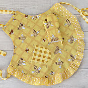 Для дома и интерьера handmade. Livemaster - original item Apron for mom and daughter Bees. Handmade.