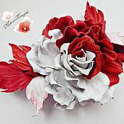 """Украшения ручной работы. Ярмарка Мастеров - ручная работа цветы из кожи, брошь из кожи""""Red & White"""" украшение. Handmade."""