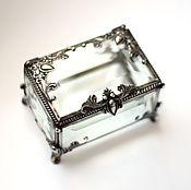 Свадебный салон ручной работы. Ярмарка Мастеров - ручная работа Маленькая прямоугольная шкатулка для колец с прозрачным дном. Handmade.