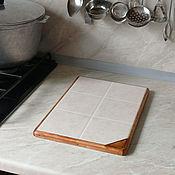 Для дома и интерьера handmade. Livemaster - original item Ceramic thermal stand on wooden platform PCT-M0000002. Handmade.