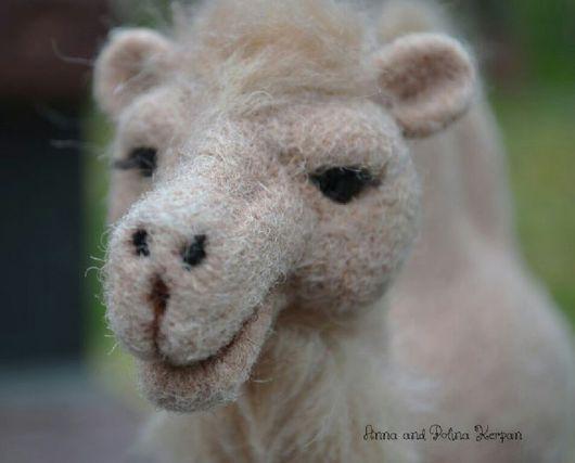 """Игрушки животные, ручной работы. Ярмарка Мастеров - ручная работа. Купить Верблюжонок """"Яшка"""". Handmade. Бежевый, валяная игрушка"""