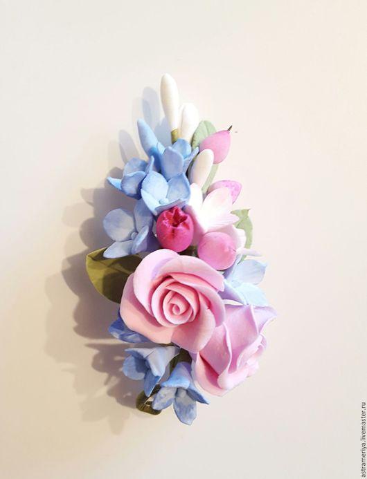 Броши ручной работы. Ярмарка Мастеров - ручная работа. Купить Брошь с цветами из полимерной глины гортензия и розы. Handmade. Комбинированный