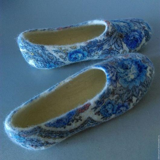 """Обувь ручной работы. Ярмарка Мастеров - ручная работа. Купить Тапочки валяные """"Кумушка 2 """". Handmade. Тапочки валяные"""