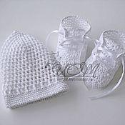 Работы для детей, ручной работы. Ярмарка Мастеров - ручная работа Комплект  шапочка и пинетки. Handmade.